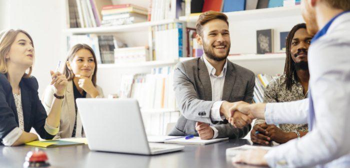 concertar una entrevista de ventas con un cliente