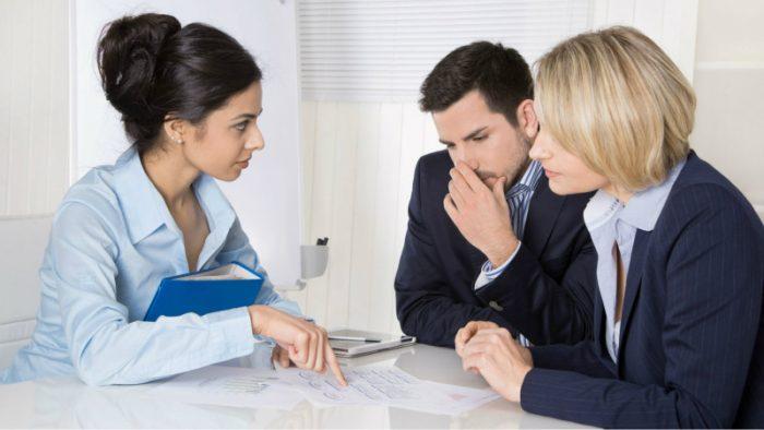agenda para un reunión con los clientes